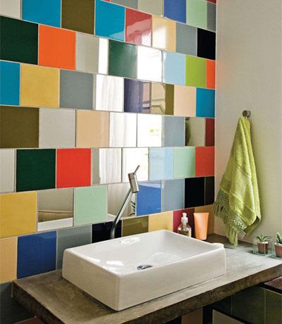 Pintar los azulejos para renovar las paredes del ba o bdbn for Renovar azulejo bano concreto cera