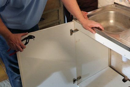 Montaje de muebles de cocina en Navarra | Carpinteros | BDBN