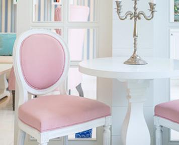 sillas lacadas tapizadas