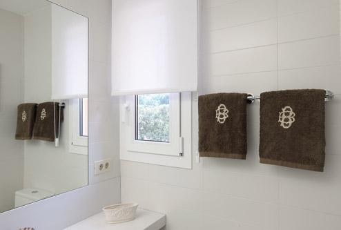 Reforma de vivienda para hacer un ba o m s bdbn - Hacer cuarto de bano ...